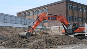 Excavation à l'école Marie-Victorin à Brossard